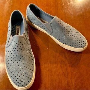 Steve Madden perferated blue sneakers